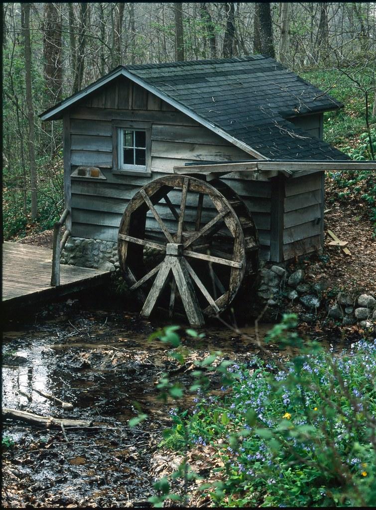 Water Wheel At Fernwood Botanical Garden In