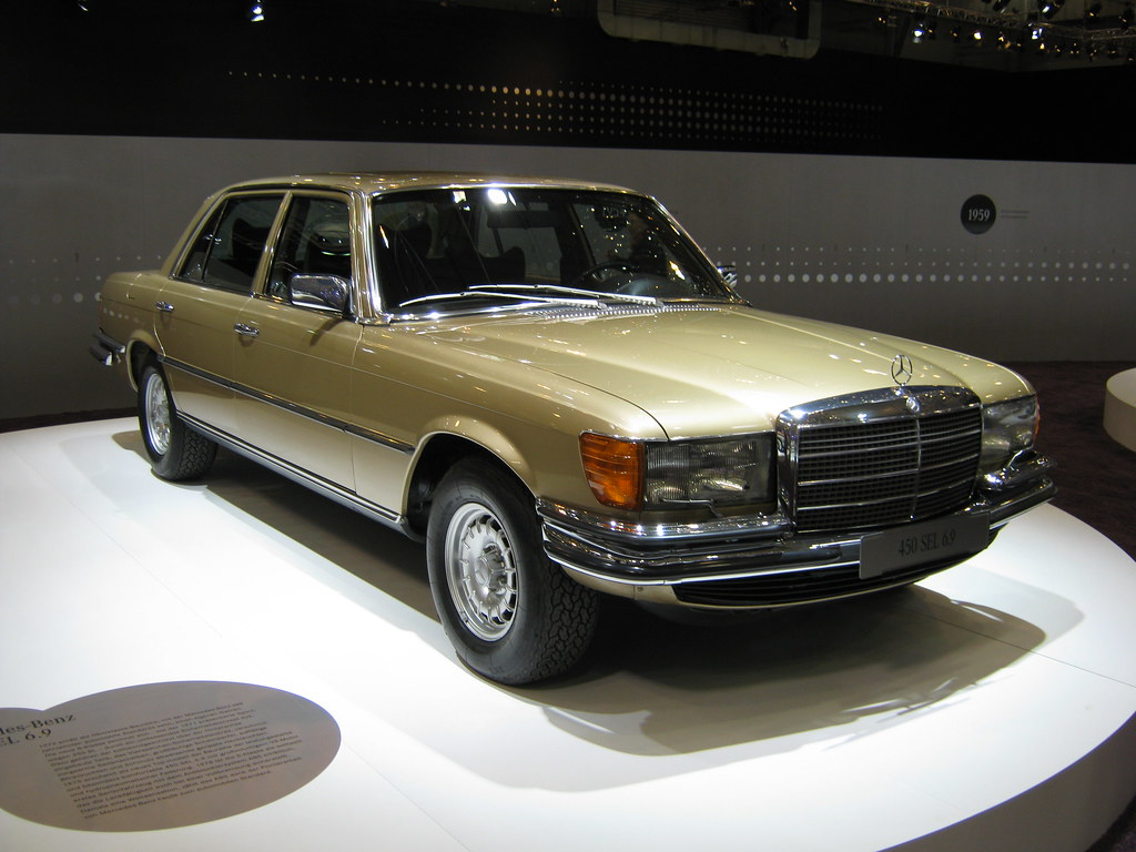 Mercedes benz w116 450 sel 6 9 4 techno classica essen for Mercedes benz 450