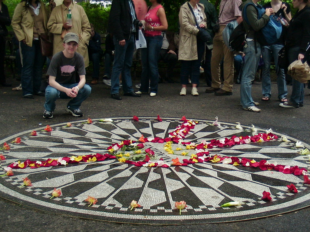 New York Tours can lead to Strawberry Fields