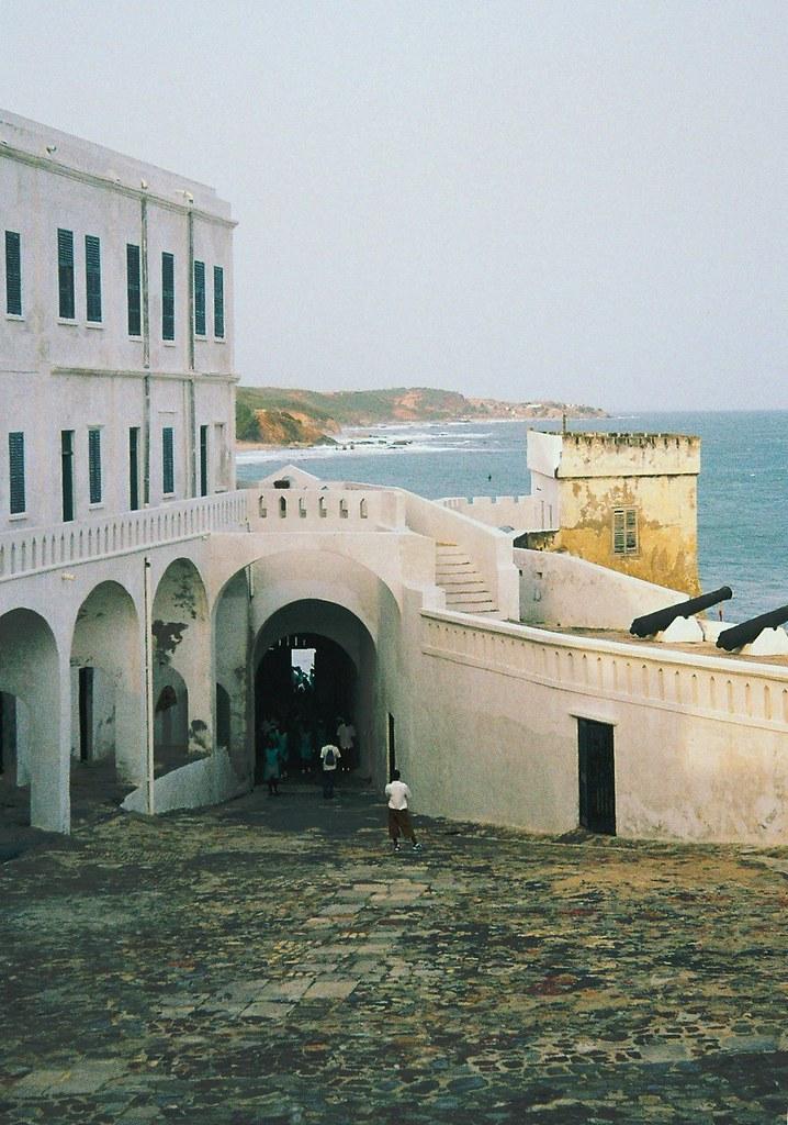 Ghana cape coast castle door of no return courtyard for Door of no return