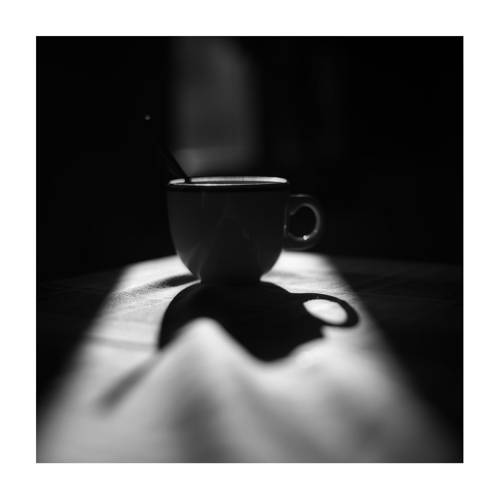 la taza de café y la sombra magica (19/02/2017) | flickr