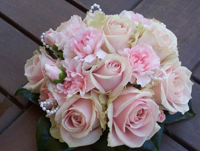 pink rose wedding bouquet pink wedding bouquet www fbdesign au p22 6592