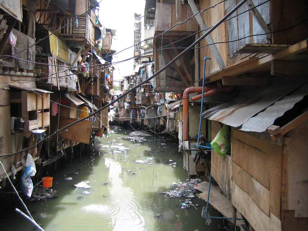 slum areas in the philippines The target area of this paper is baseco, a large slum  keywords: baseco, the  philippines, manila, low-cost housing, urban poverty, slum.