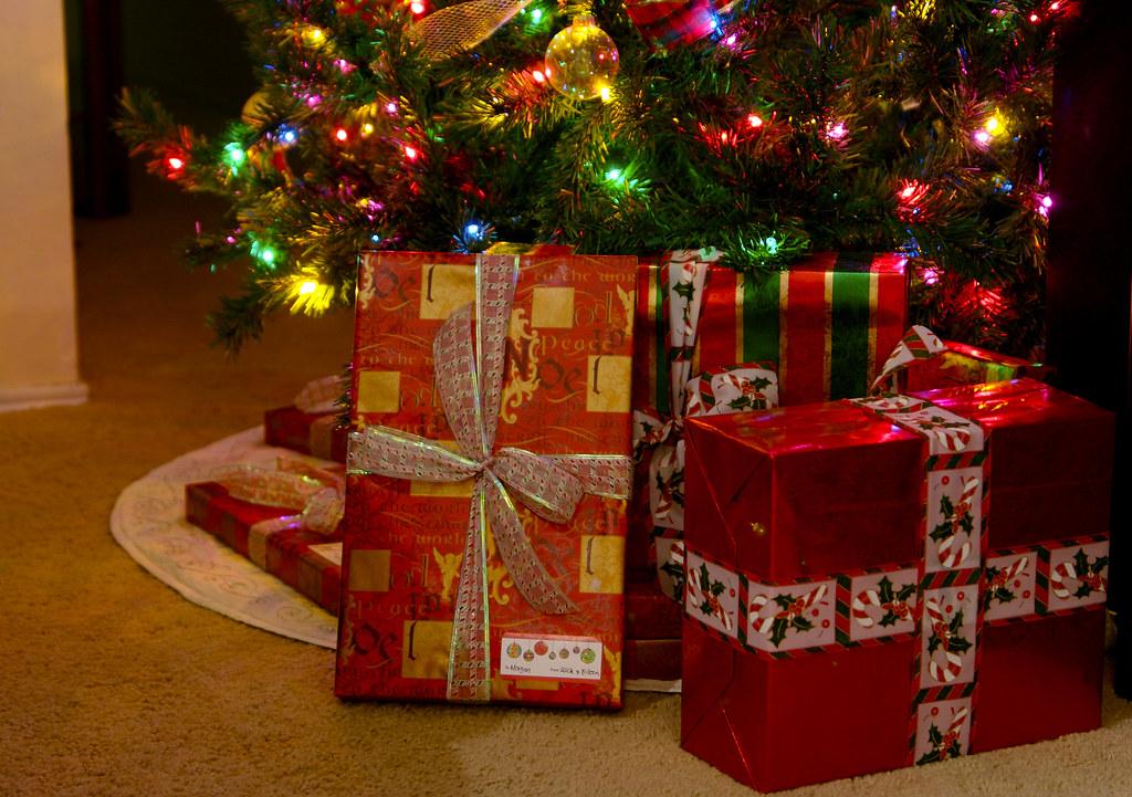 Миллионы подарков на новый год