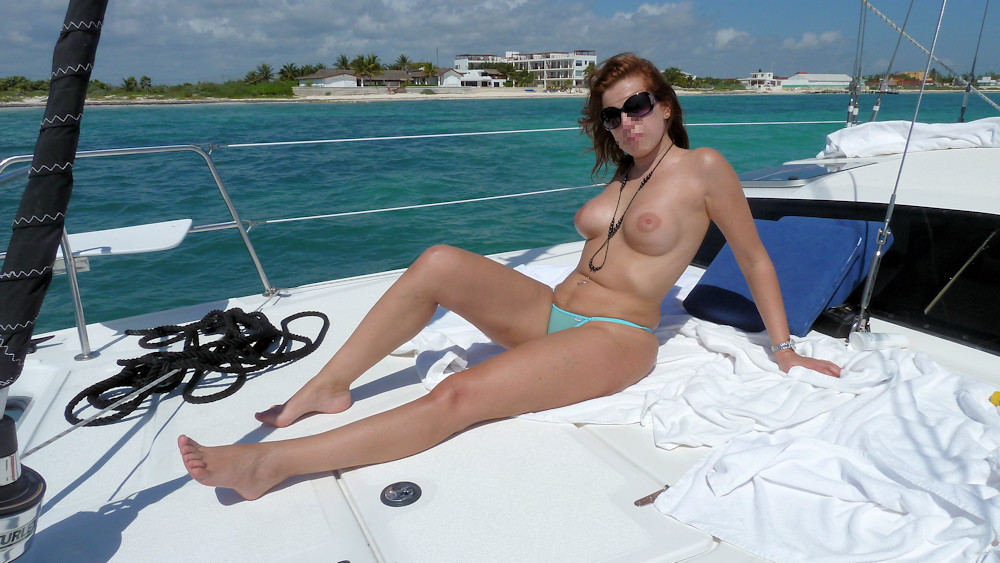 Ww Thong  Topless On A Boat  Pictures With Face Not -1757