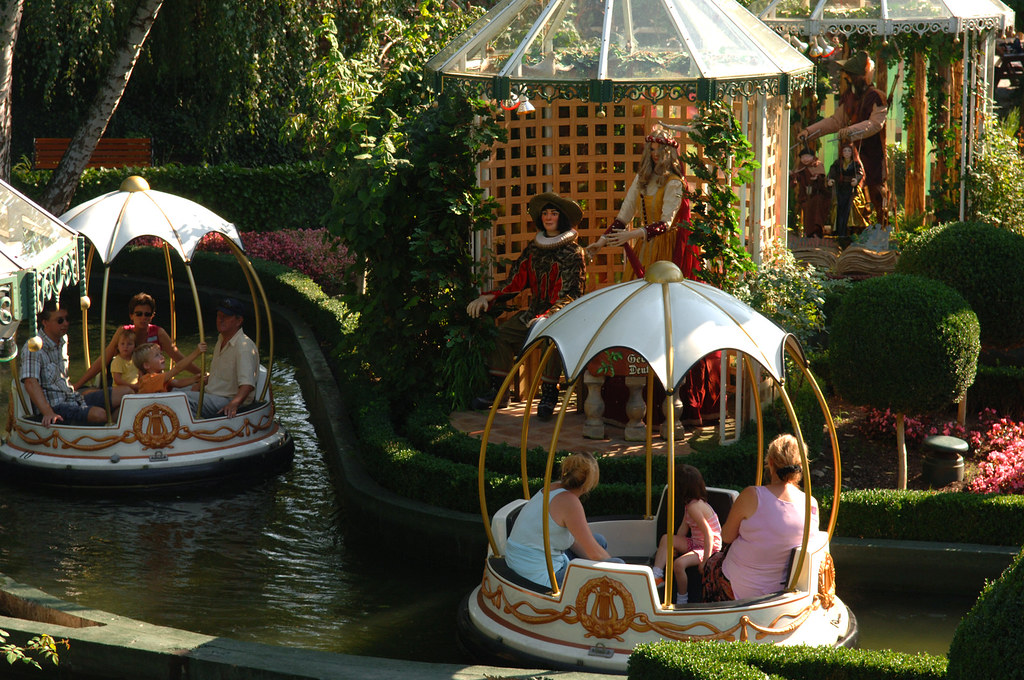 Marionetten Bootsfahrt Europa Park Auf Einer