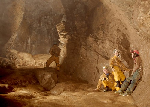 Neil Moss Chamber - Peak Cavern | Cavers resting in Neil