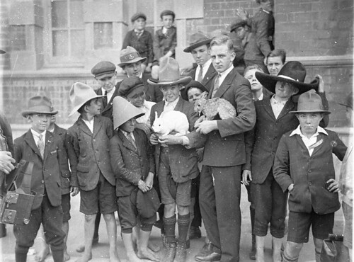 Fort Street schoolboys being shown rabbit fur felt hat-making, 1927 / Sam Hood | by State Library of New South Wales collection
