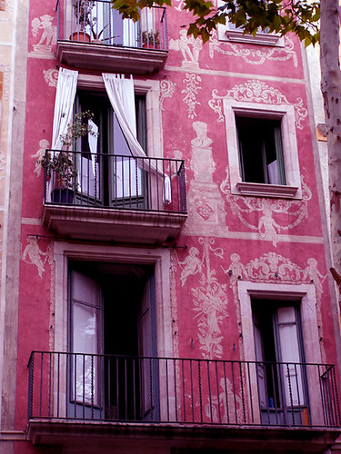 Pink Building in Barcelona #k2yhe | by k2yhe