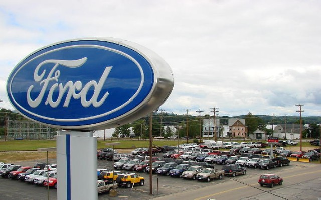 Ford dealer new hampshire parking lot for Irwin motors laconia nh