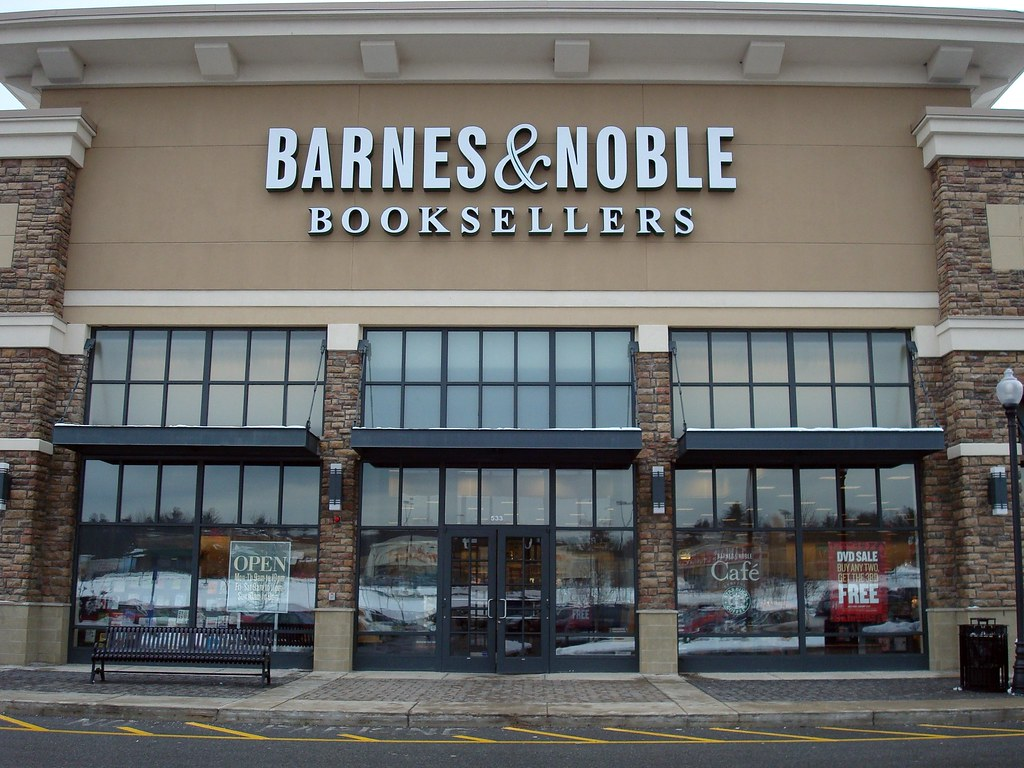 Barnes And Noble In Manhattan Beach Ca