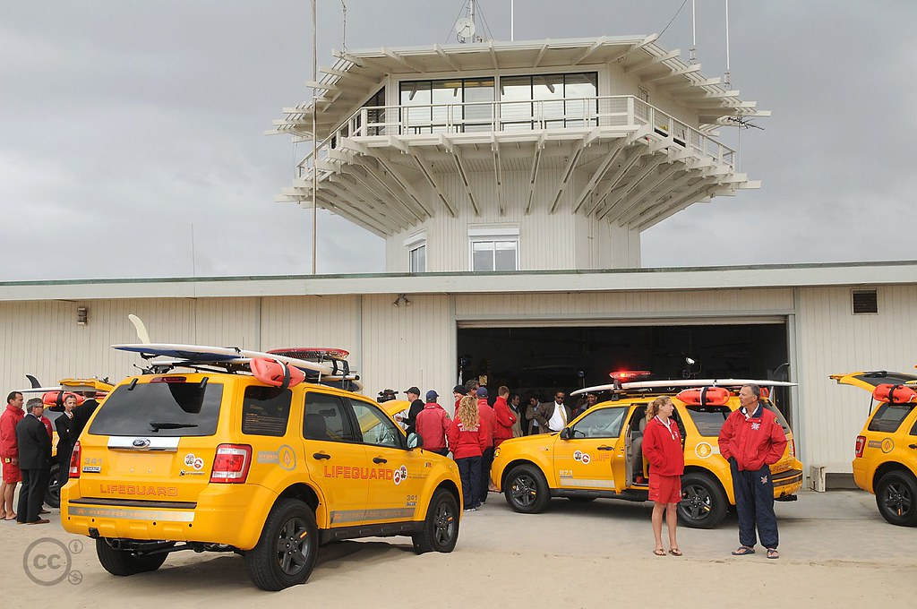 Ford Escape Hybrid Official Vehicle Of La County Lifeguard