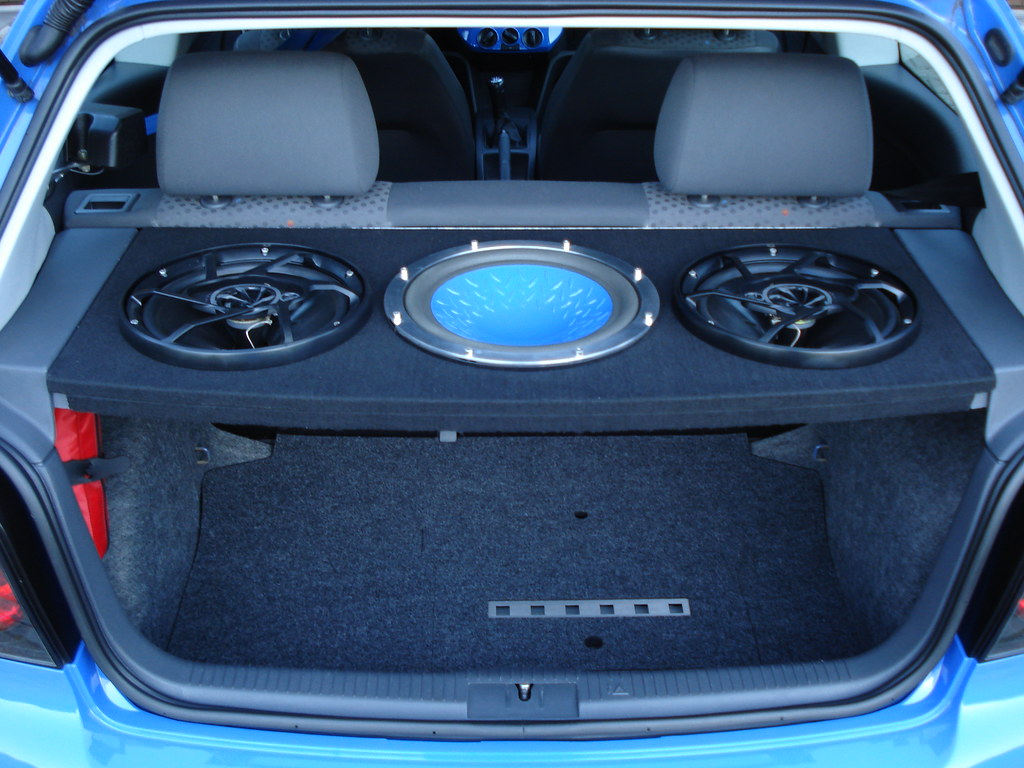 vw polo 9n tuning summerblue 10 soundboard oberseite. Black Bedroom Furniture Sets. Home Design Ideas