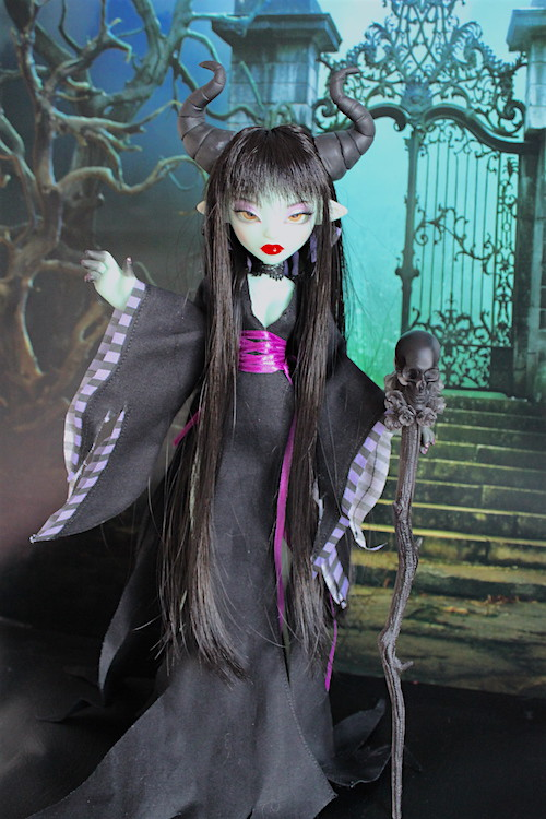 Maleficient (Papaye from Fairytales Treasures Dolls) 32130137174_ccfb98f058_b