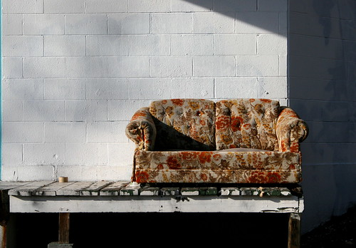Free floral couch | by jahat