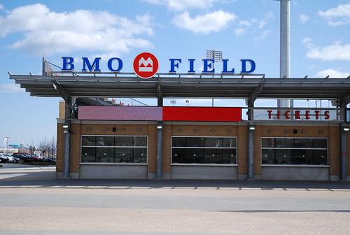 how to get to bmo field by ttc