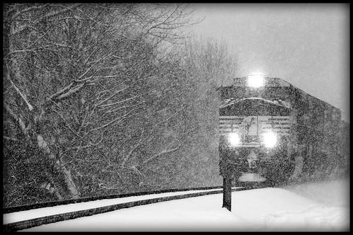 snow-train-black-and-white   train in the snow. www ...