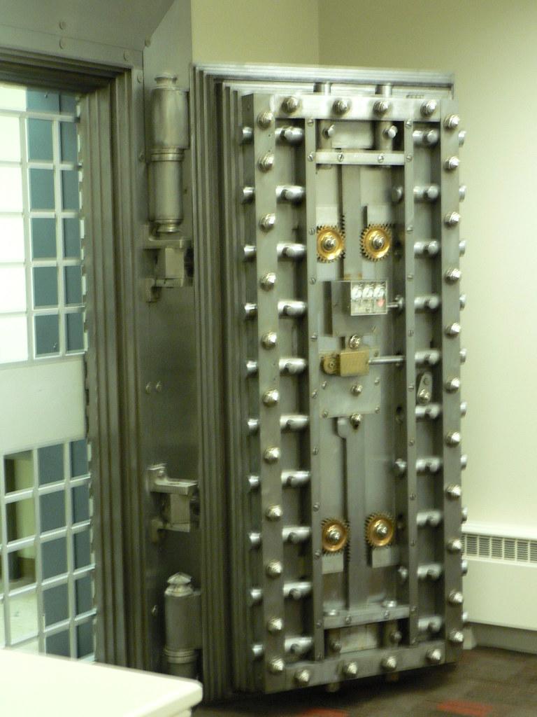 The Key Bank Vault Door Jefferson Oh Marc Smith Flickr