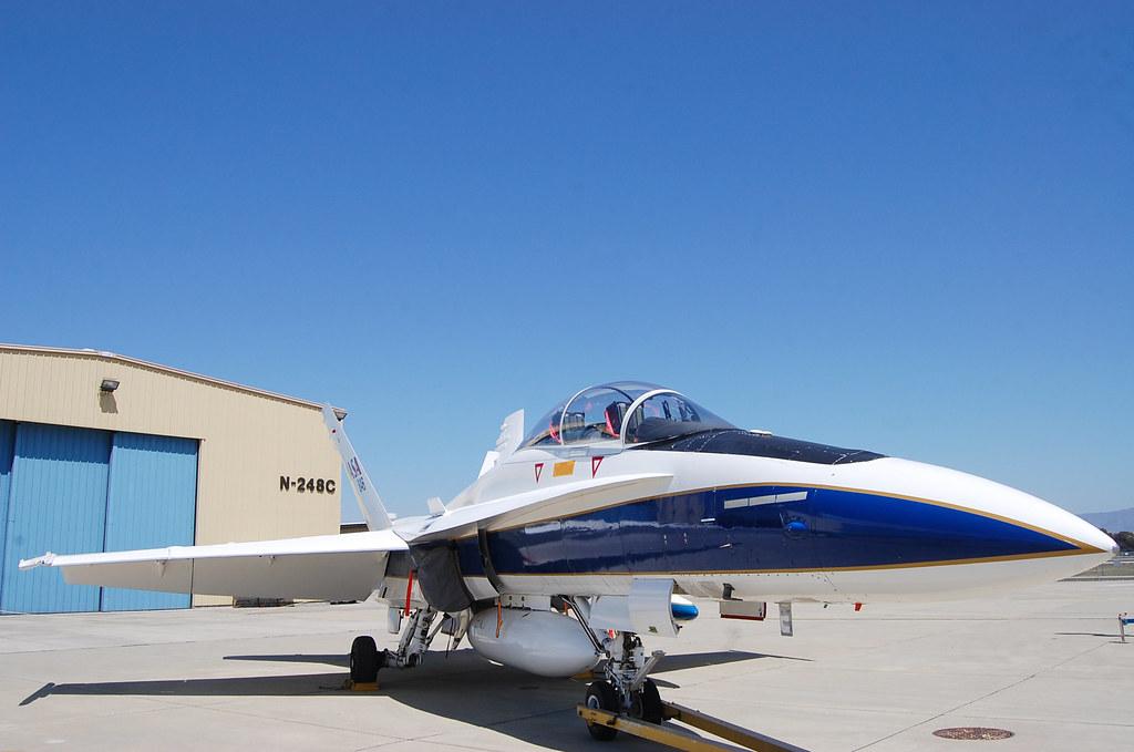 F-18 Chase Plane #846 | NASA Ames Research Center, Moffett ...
