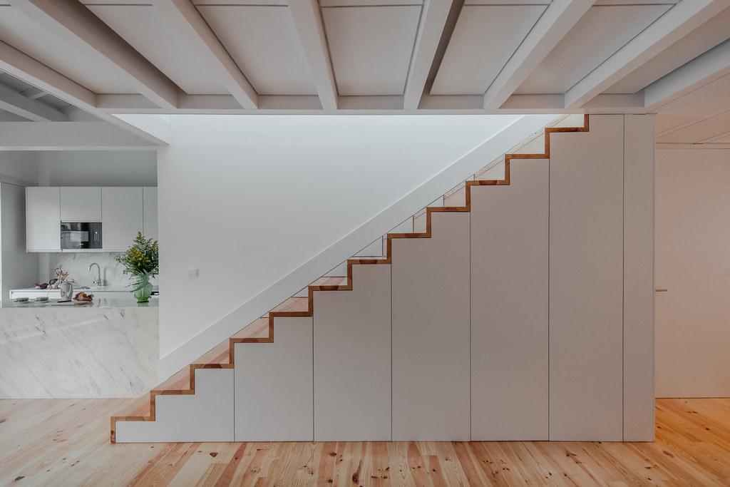 Duplex flat design in Porto by Portuguese architectural studio PF Arch Sundeno_01