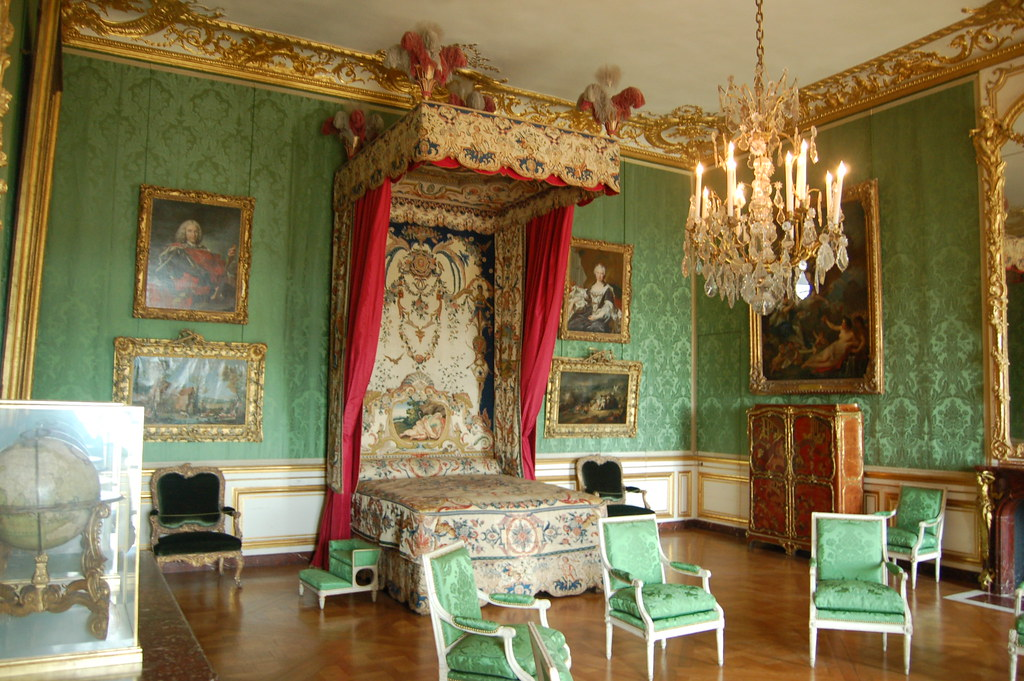 Royal Bedroom Palace of Versailles  Royal Bedroom Palace ...