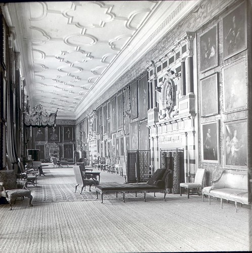 Long Gallery, Hardwick Hall, Derbyshire in 1900's | by Brownie Bear