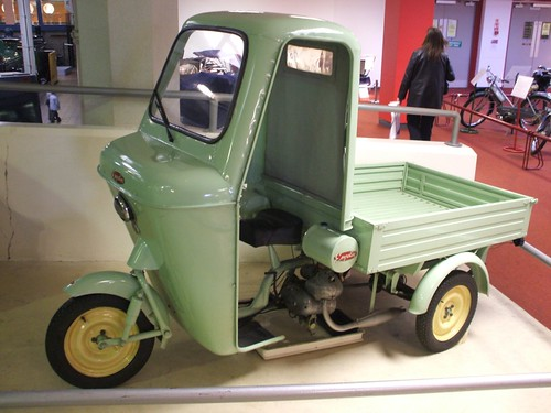 Empolini morano museum of transport glasgow thanks to for Quanto costa un tram in collina