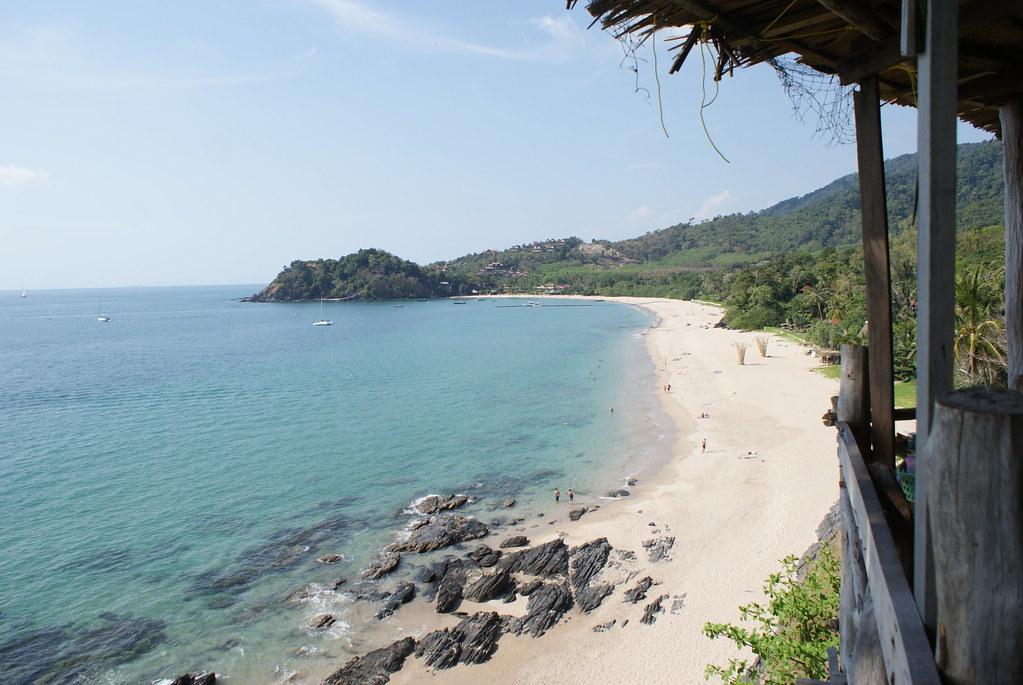 La baie et la plage de Katiang Bay sur l'île de Koh Lanta.