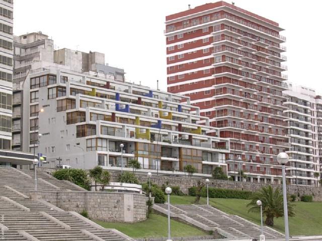 Mar Del Plata Edificio Bonet 01 Arq Antonio Bonet
