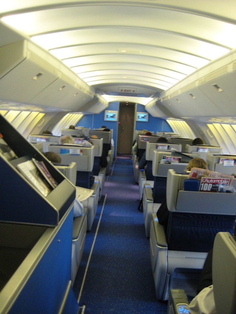 Klm 747 400 Upper Deck World Business Class Seating Can