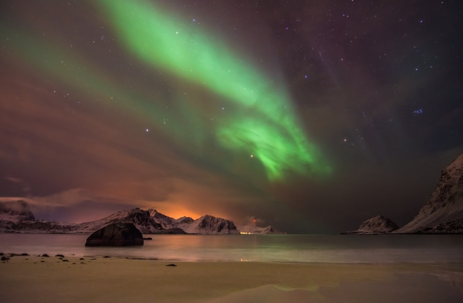 The Northern lights over the beach