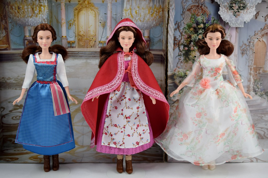 Winter Hasbro Live Action Beauty And The Beast Non Ballgown Belle Dolls