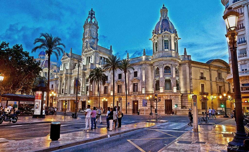 Valencia plaza del ayuntamiento edificio del ayuntamient - La nueva fe de valencia ...