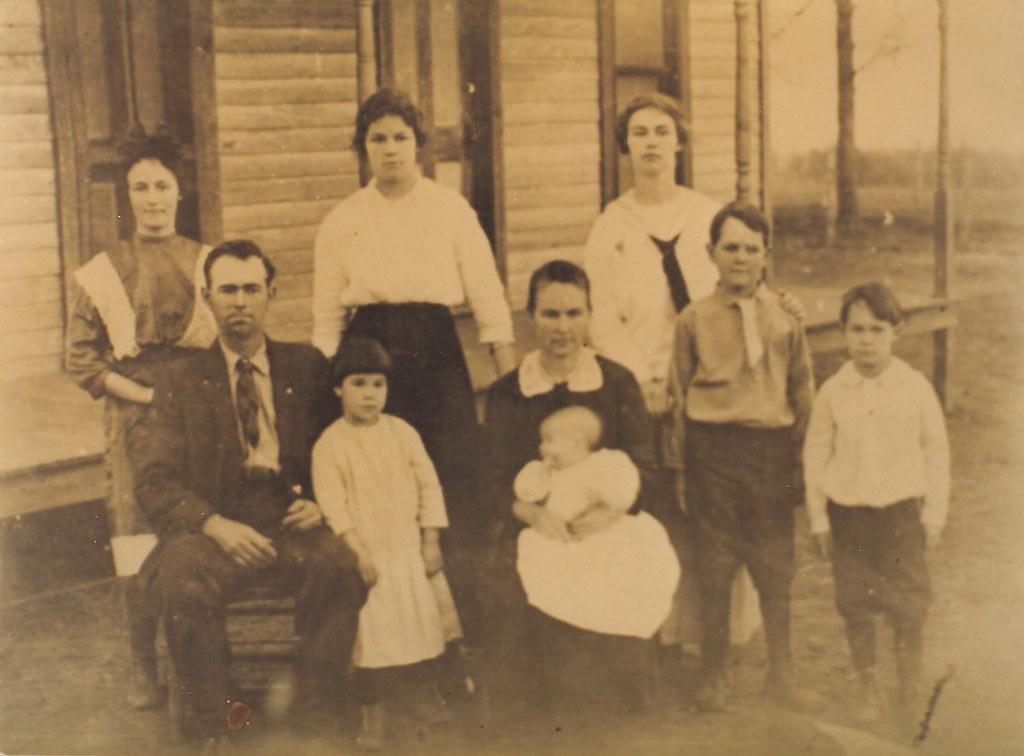 Jt Holt And Family 1916 Asher Okla Jt Holt Family