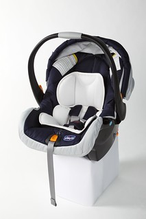 Chicco Keyfit  Infant Car Seat Vs Graco Snugride