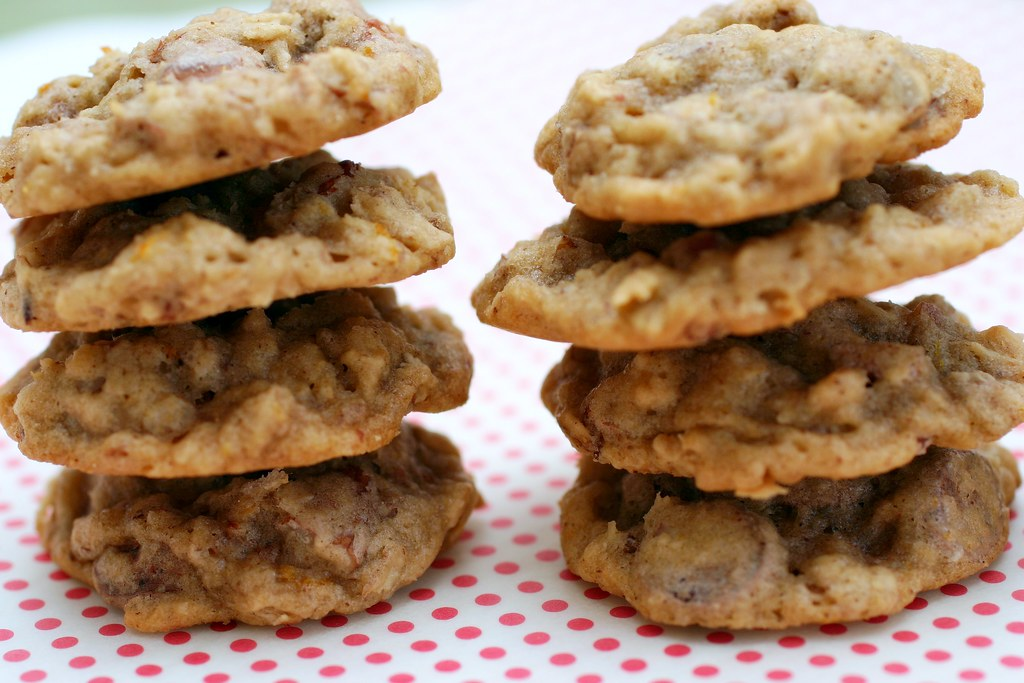 oatmeal, chocolate chip and pecan cookies | deb | Flickr