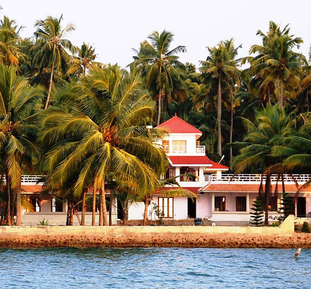 What Places Cannot Be Missed In North Kerala: 10 Places To Visit In Kerala In September