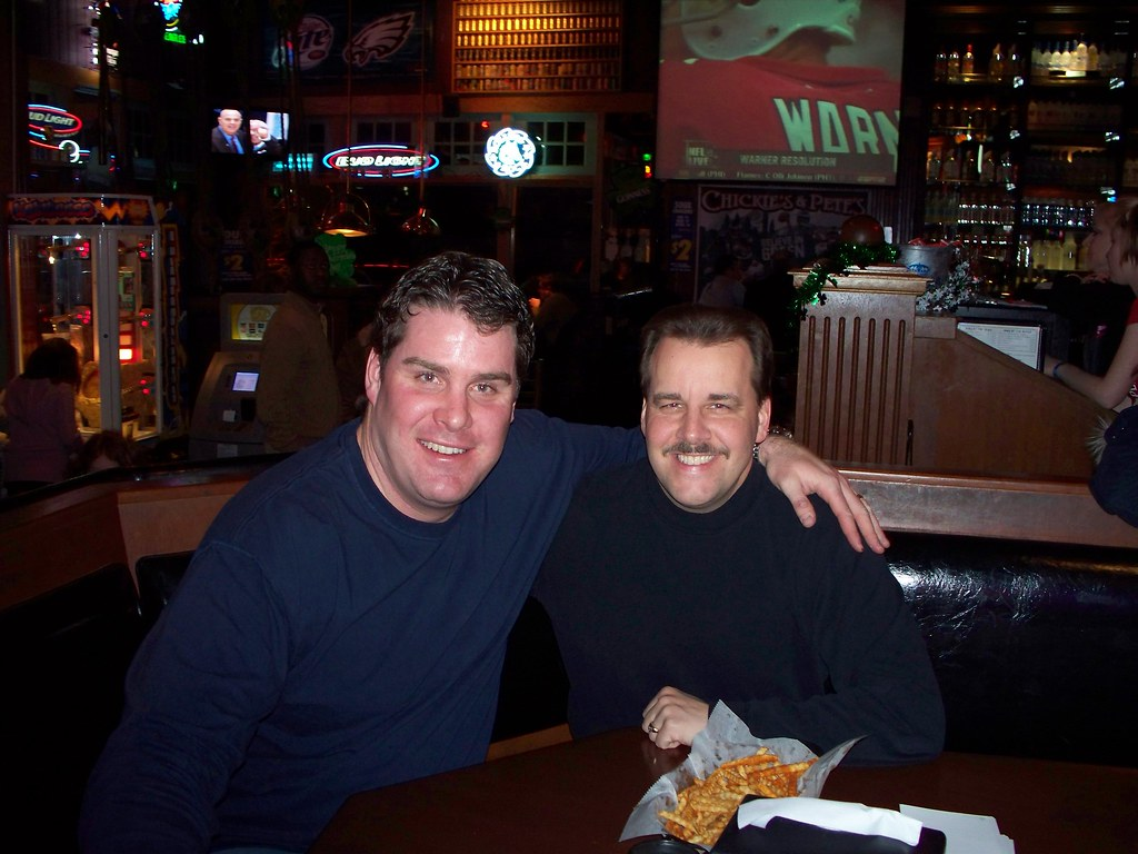 Chris Therien and Jim Jackson 2 Philadelphia Flyer great C…