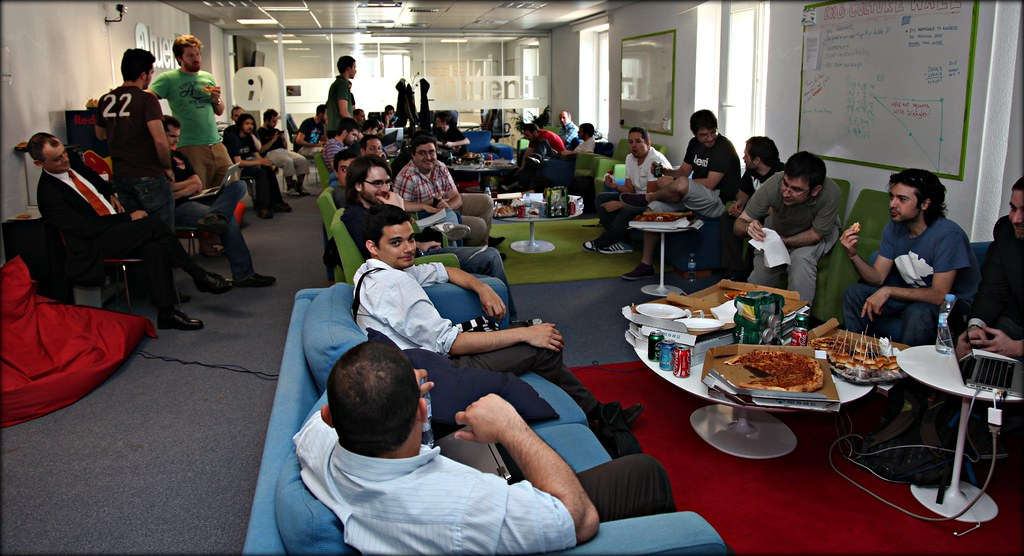 Visita a las oficinas de tuenti madrid visita a las for Oficinas delegadas de muface en madrid