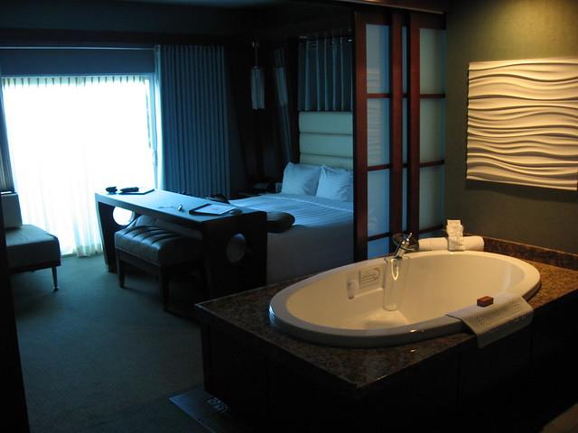 Erotic Hotel Rooms Columbia Mo