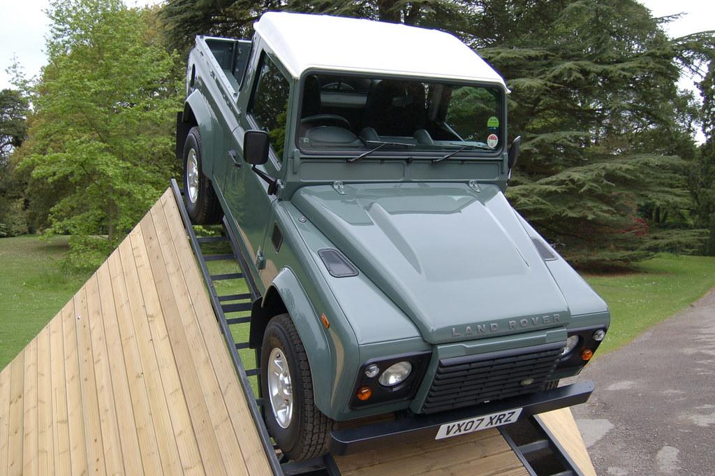 defender 90 tdci pick up keswick green new defender laun flickr. Black Bedroom Furniture Sets. Home Design Ideas