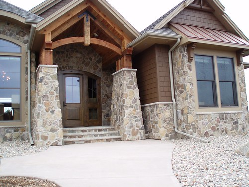 Antique Bronze Fieldstone This Home Incorporates Buechel
