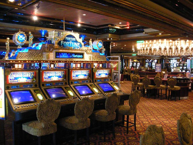 cruise ship casino jobs