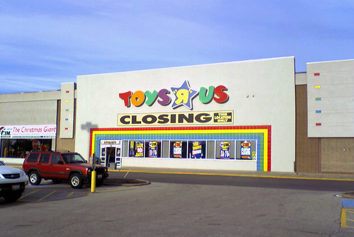 Toys R Us Closing Sign : Toys r us closing may michael zale flickr