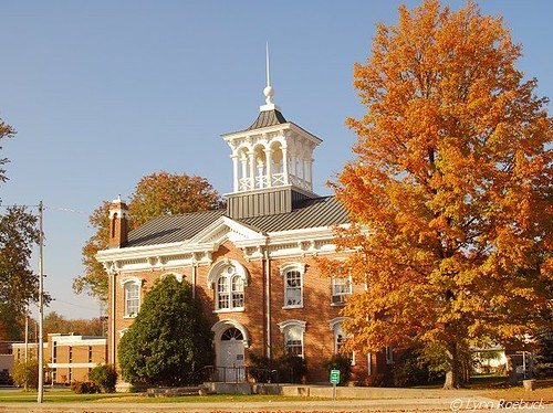 Coffee County TN Courthouse | by lynn roebuck photography