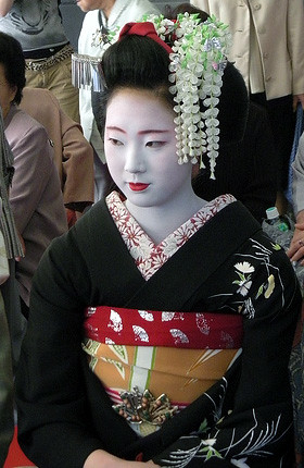 maiko-pontocho | by JapanVisitor