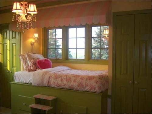 Window Seat Bed bed built in window seat child's room | anitajuneparker | flickr