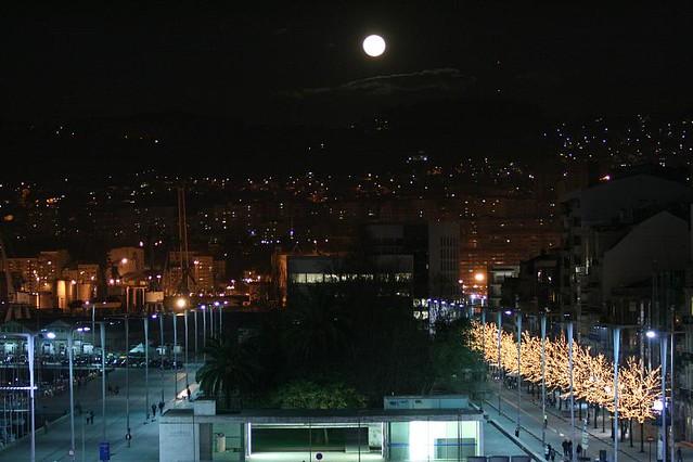 Ah la luna la luna luna llena sobre los jardines de for Los jardines de la luna