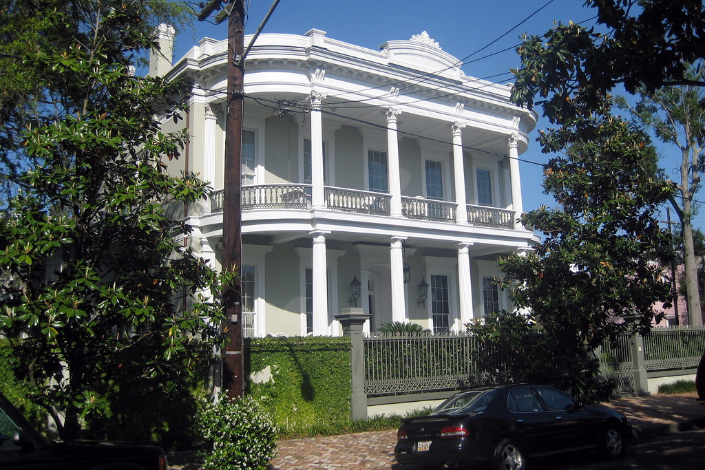 New Orleans Garden District Robinson House The