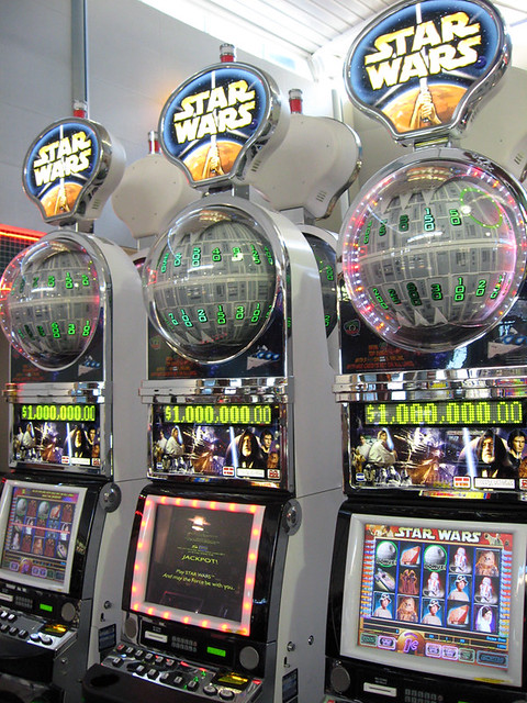 Slot machine star wars heart of vegas casino slots